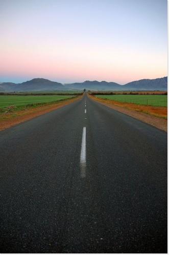 La route, un élément incontournable dans notre vie